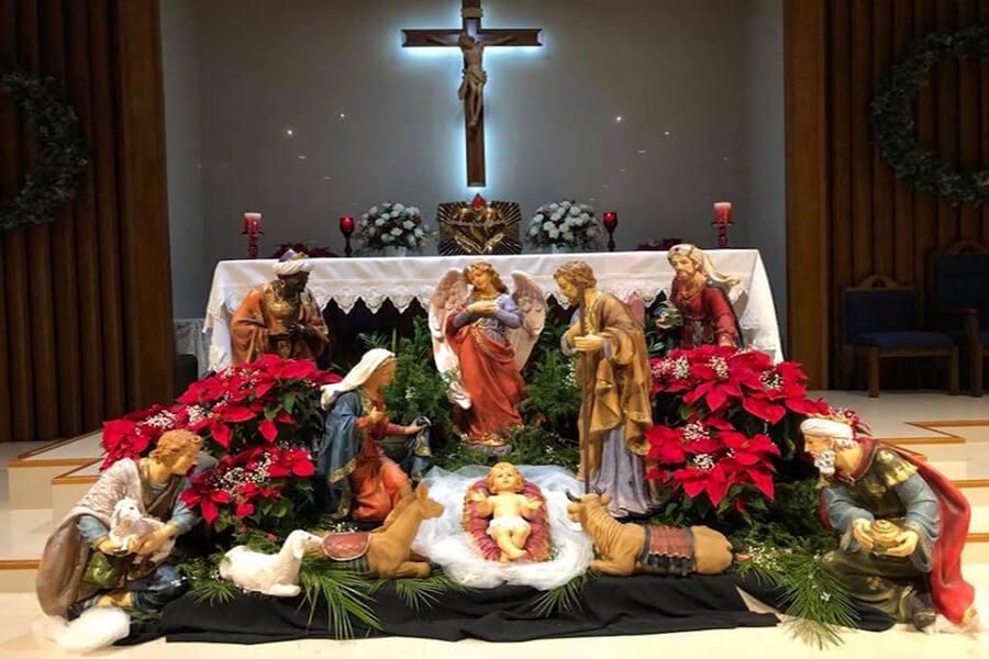 cử hành thánh lễ, lễ giáng sinh, linh mục cử hành 4 thánh lễ giáng sinh
