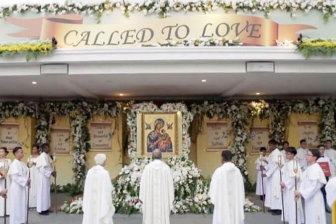 số người dân Philippin sùng kính Đức Mẹ Hằng Cứu Giúp gia tăng, Lịch sử Bức Ảnh Mẹ Hằng Cứu Giúp, Mẹ Hằng Cứu Giúp, Mẹ của người nghèo