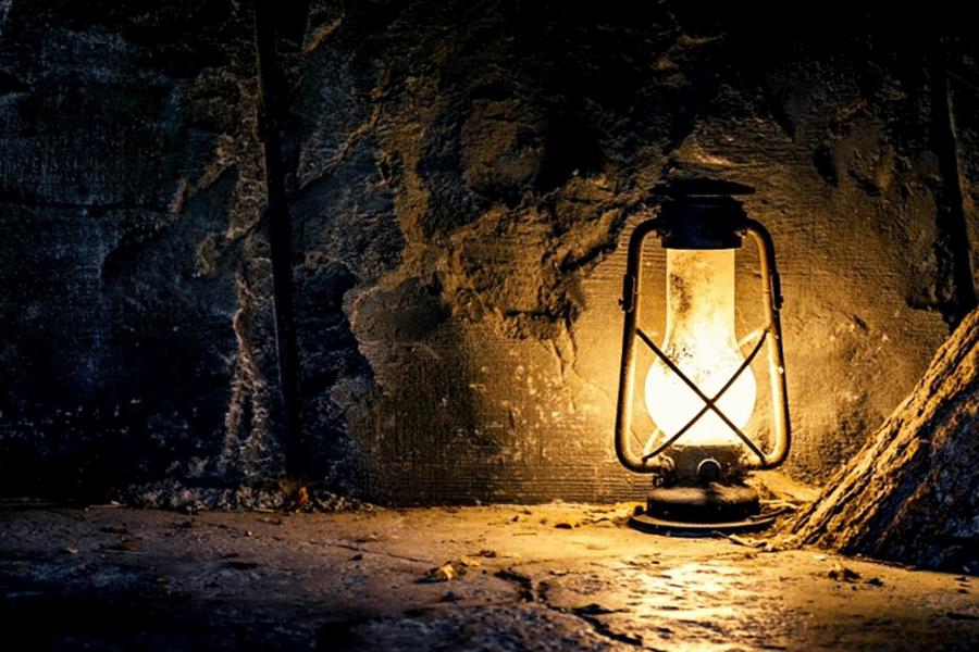 Chiếc đèn lồng phục sinh, Lễ phục sinh, phục sinh