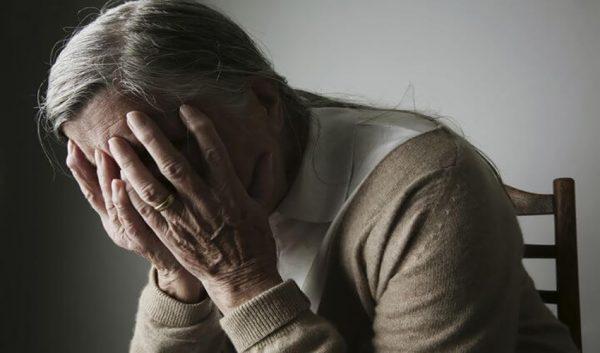 nỗi ân hận của một người bà, người bà sám hối với cháu, sám hối