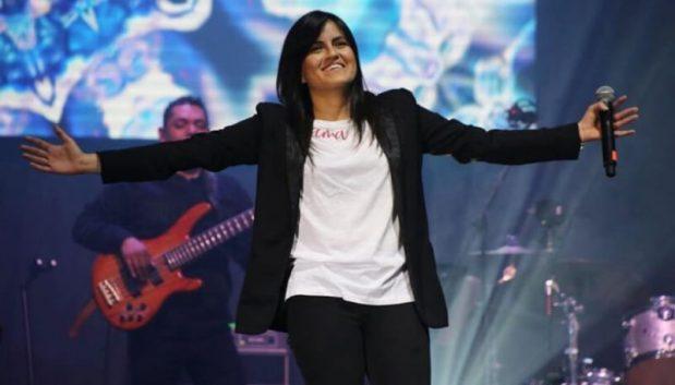ca sĩ ana bolivar, dùng âm nhạc mang Thiên Chúa đến với mọi người, hát thánh ca