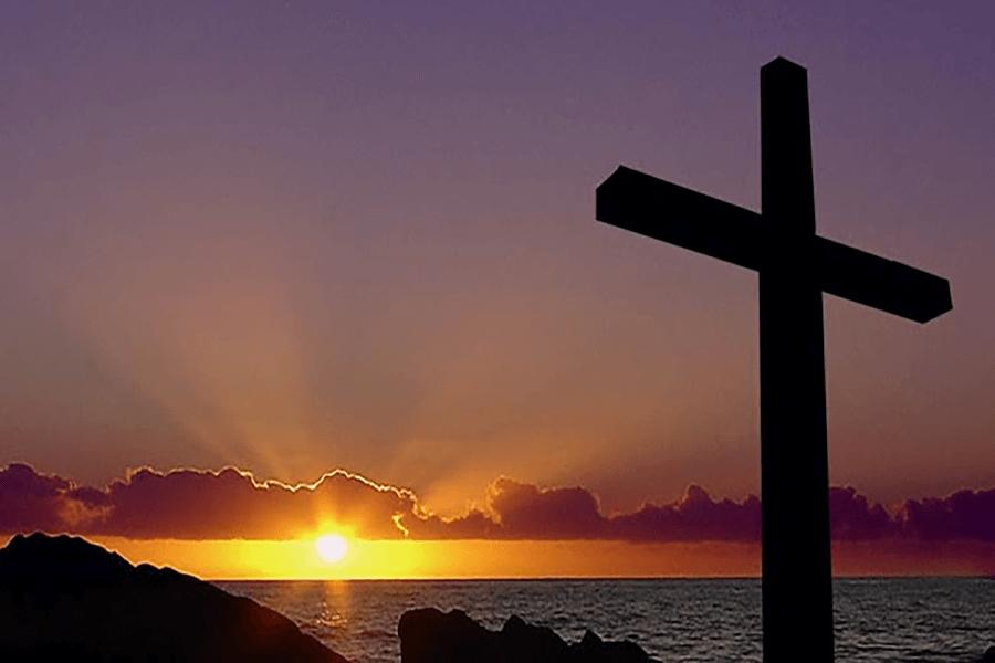 Ngài đã yêu thương họ, Thiên Chúa yêu thương đến lỗi ban con một mình, yêu thương như thầy đã yêu thương